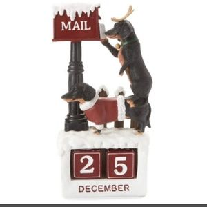 Dachshund Dog Christmas Calendar Figurine